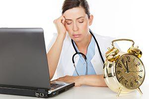 Höheres Unfallrisiko und weniger Effizienz durch lange Arbeitszeiten